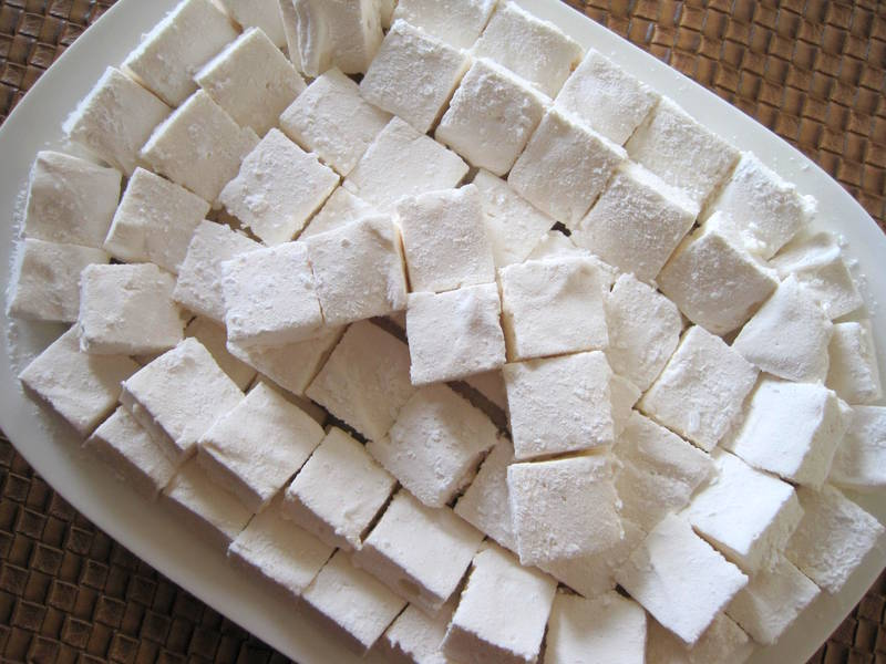 Lemons and Lima Beans: springy, fluffy marshmallows