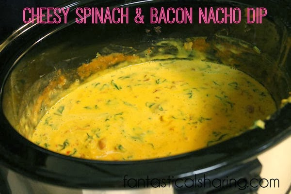 Cheesy Spinach & Bacon Nacho Dip | A crowd-pleaser, perfect for any occasion! #recipe #appetizer #bacon