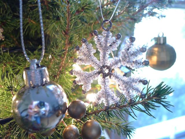 Live Christmas Tree Christmas Decorating
