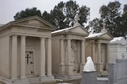 Panteón de Adelardo Covarsí, en el Cementerio Viejo de Badajoz