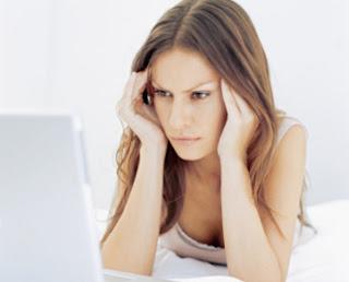 Perempuan Bisa Jadi Kejam Gara-gara Facebook & Twitter