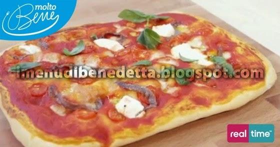 Pizza con sugo di pomodoro ricotta e acciughe la ricetta for Mozzarella in carrozza parodi