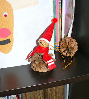 preschool christmas craft pinecone elf