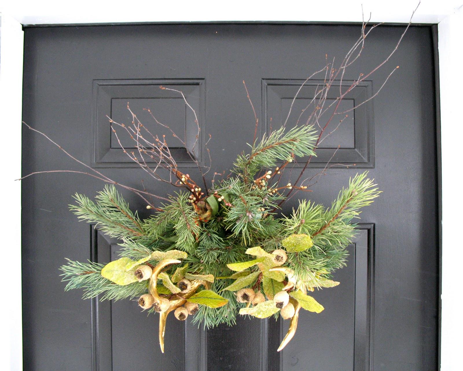 The saltbox how to golden deer antler wreath for Antler christmas wreath