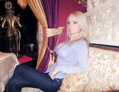 Living Barbie: Valeria Lukyanova_7