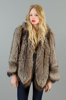 Vintage 1940's fluffy brown fox fur coat with scalloped hemline.