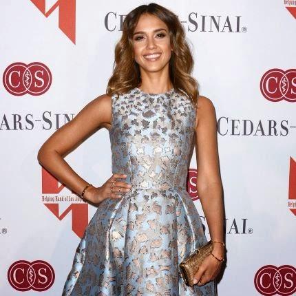 Jessica Alba : élue maman de l'année