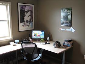 Oficina pequeña, simple y funcional