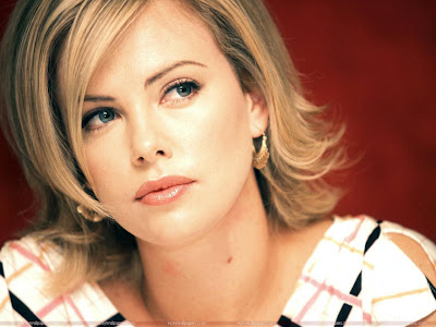 Charlize Theron Hollywood Hot Actress Wallpaper