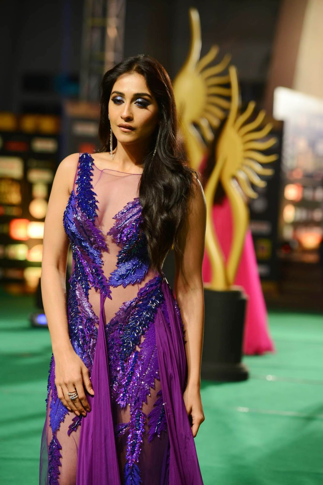 Regina sizzling photos from IIFA Utsavam-HQ-Photo-3