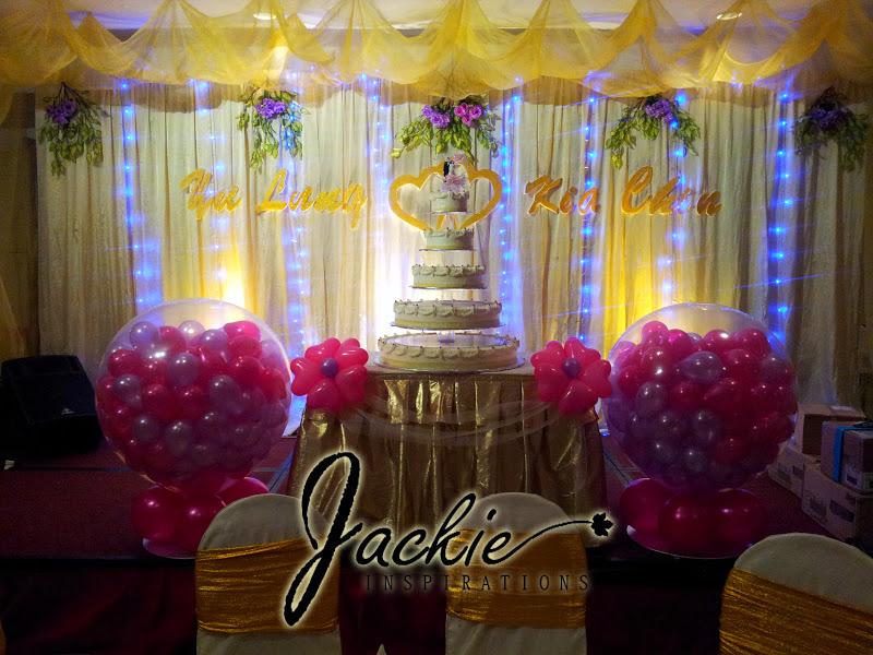 Balloon decorations for weddings birthday parties balloon thian court crown square kuching wedding decoration junglespirit Choice Image