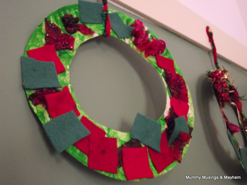 Easy toddler christmas wreaths the empowered educator for Craft ideas for toddlers for christmas gifts
