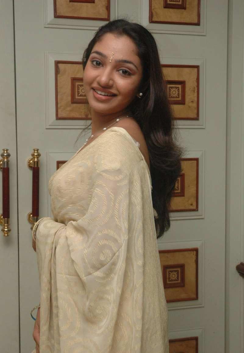 Hot Tamil Maya Unni Actress Pics ~ Celebrity Hot Fashion