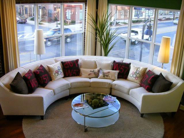 Sofa lengkung