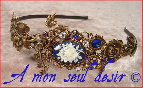 Serre-tête camée floral végétal victorien romantique fleurs strass Swarovski bleu cristal victorian cameo headband