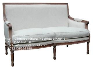sofa klasik jepara Mebel furniture klasik jepara jual set sofa tamu ukir sofa tamu jati sofa tamu antik sofa jepara sofa tamu duco jepara furniture jati klasik jepara SFTM-33061 SOFA KLASIK JATI UKIRAN JEPARA