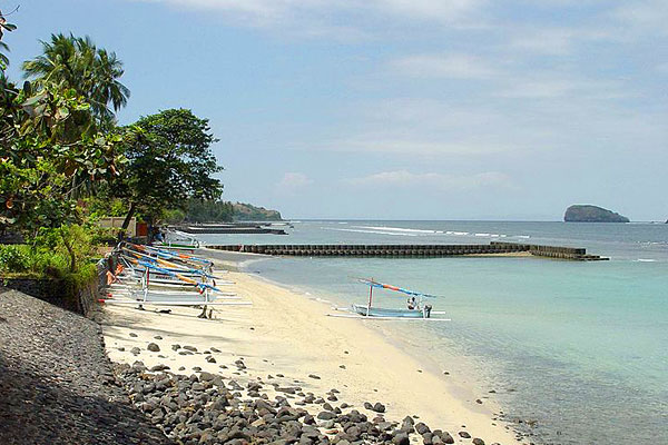Best Bali Beaches,Bali Pictures Beach,Lovina Beach Bali,Accommodation Bali,bBali Bali Beach Resort