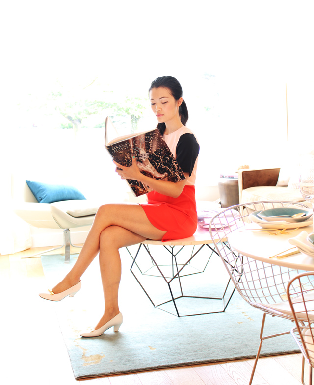 vancouver fashion blogger jasmine zhu for posing in vintage, jasmine zhu, aupie color block short sleeve round neck dress