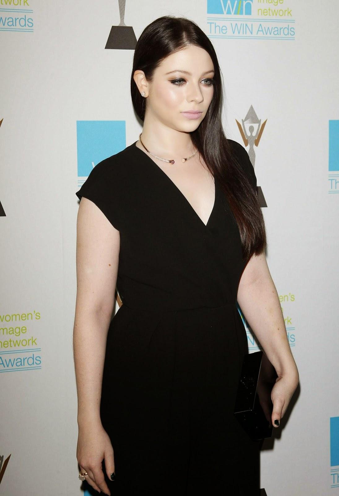 الممثلة الأمريكية ميشيل تراشتنبرغ خلال حضورها حفل جوائز Women's Image في بيفرلي هيلز