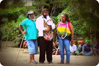Lenis Kogoya dan Eltinus Omaleng Diminta Tuntaskan Tahapan Adat dan Perdamaian di Jayanti
