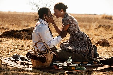 Mandela: Long Walk To Freedom Movie Film Sinopsis
