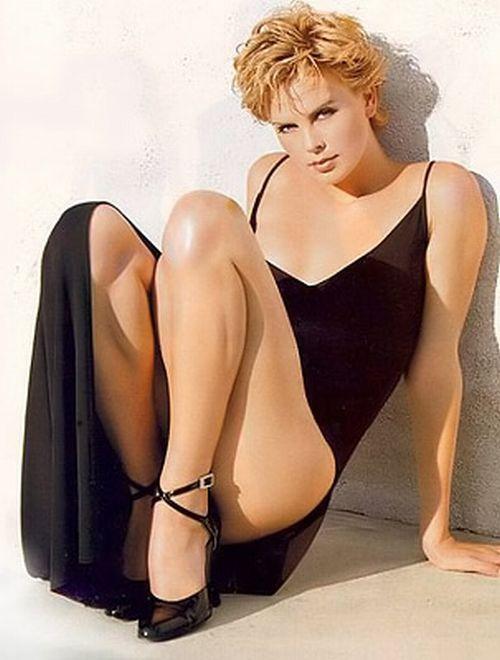 Actress Charlize Theron Hot