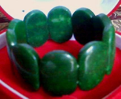 CIRI-CIRI Batu Giok Asli dan Palsu