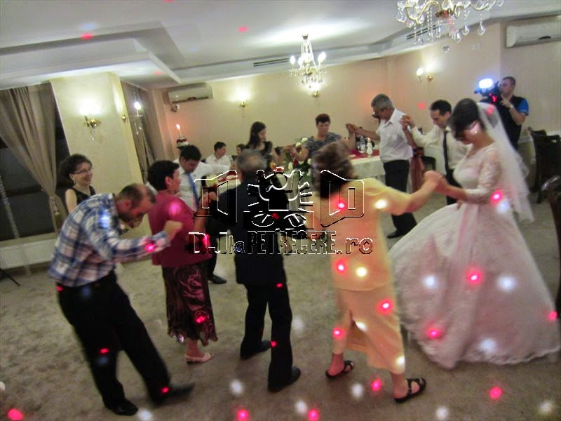 Nunta cu DJlaPetrecere.ro la Casa Banil Rahova - 7
