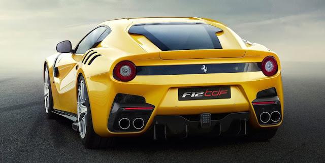 フェラーリF12TDF デザイン