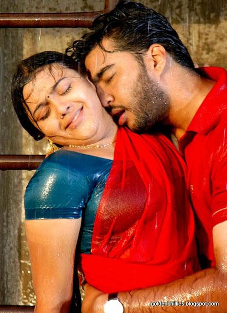wet saree navel songs hot