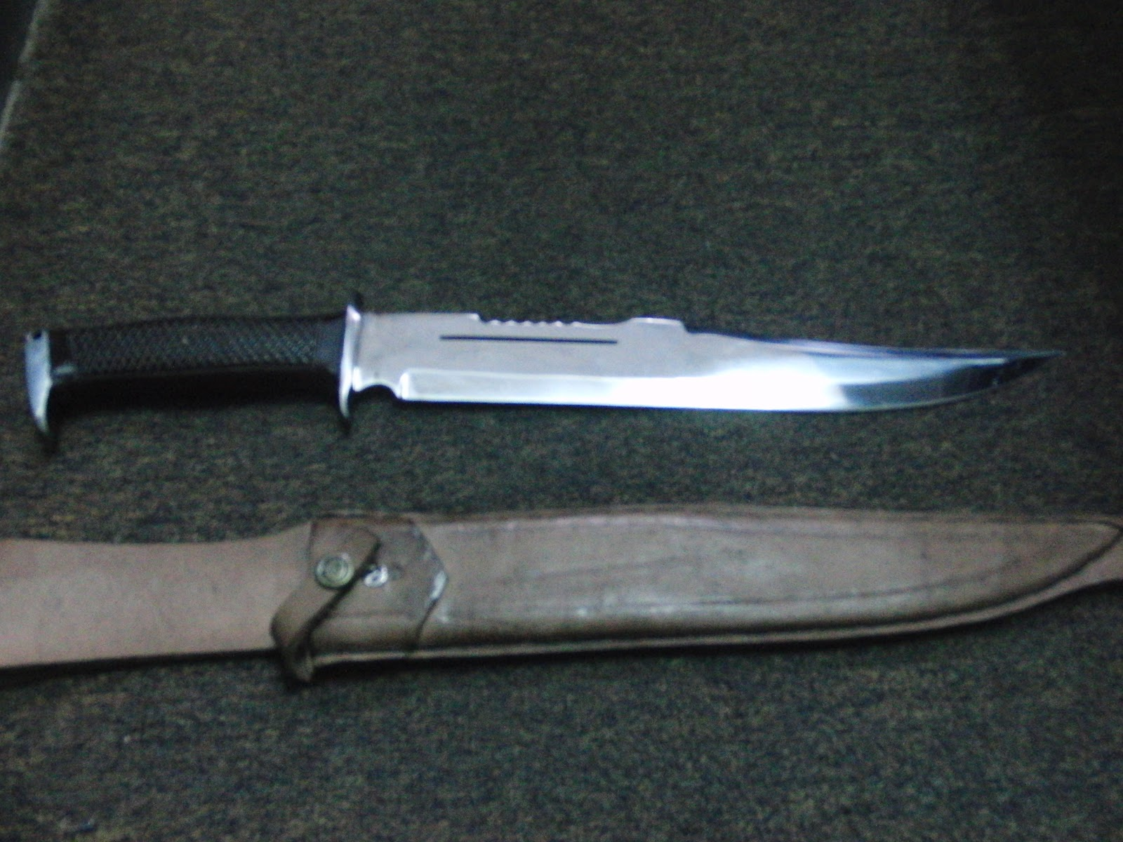 Macam macam pisau: Rambo 3