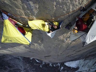 How Climbers Spend Night on The Cliff