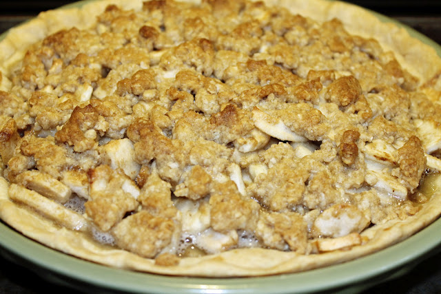 Apple Crunch Pie Recipe | Food Life Design