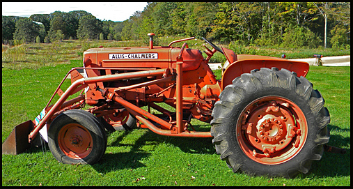 Allis Chalmers Tractor Clip Art : Farmall diesel cake ideas and designs