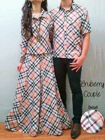 Burberry-Couple-Maxy