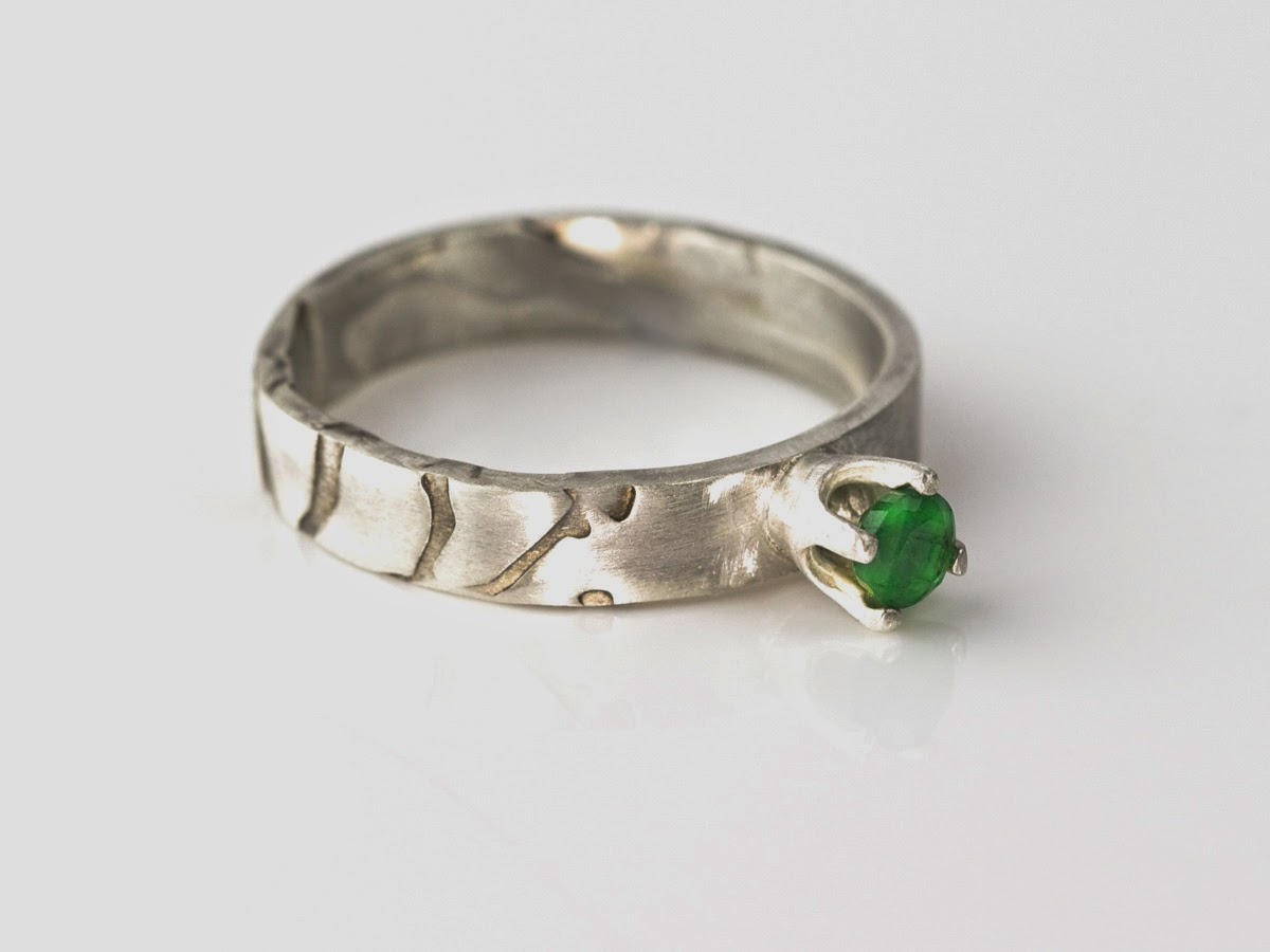 Sakura Green faceted Emerald crown Sterling Silver Ring
