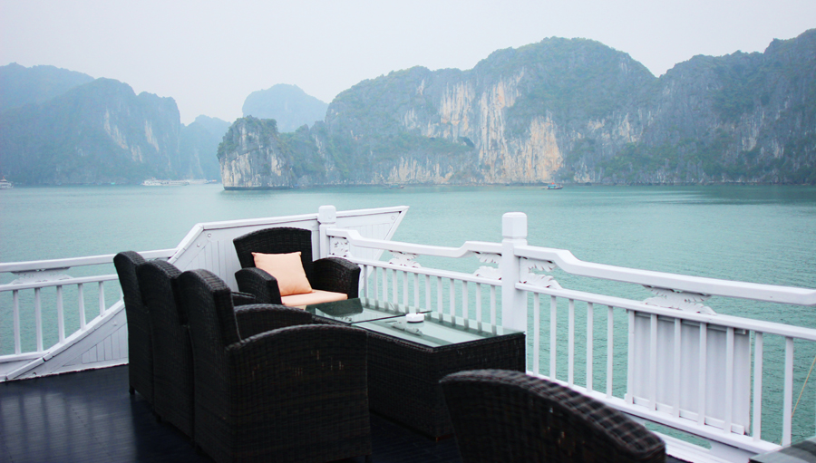 Ha Long Bay - Posh, Broke, & Bored