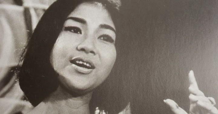 Titiek Puspa, Penyanyi Indonesia 1960 | Sumber: