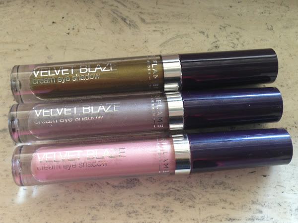 Oriflame Velvet Blaze Cream Eye Shadow.