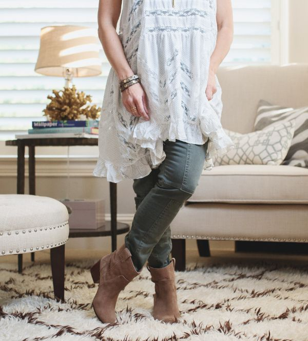 Fall Fashion - military pants, tunic top, and suede booties