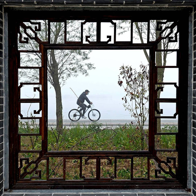 cyclist window frame hongze county Jiangsu province