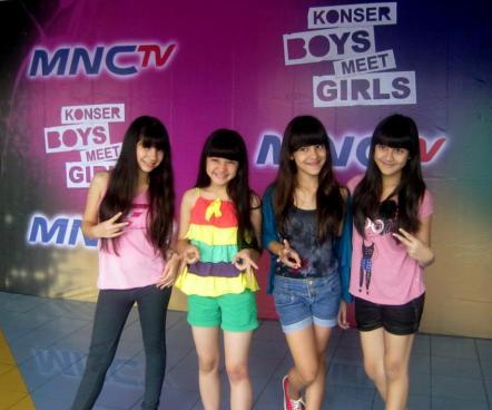 Foto-foto Girlband WINXS Terbaru