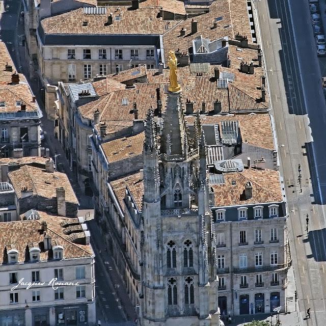 Vierge à l'enfant Notre Dame d'Aquitaine - Tour Pey Berland à Bordeaux