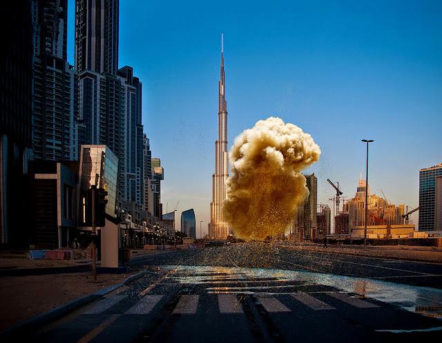 Burj Khalifa-cloud-dust-photoshop