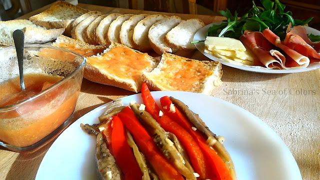Escalivada_y_pan_con_tomate_aperitivo_o_brunch
