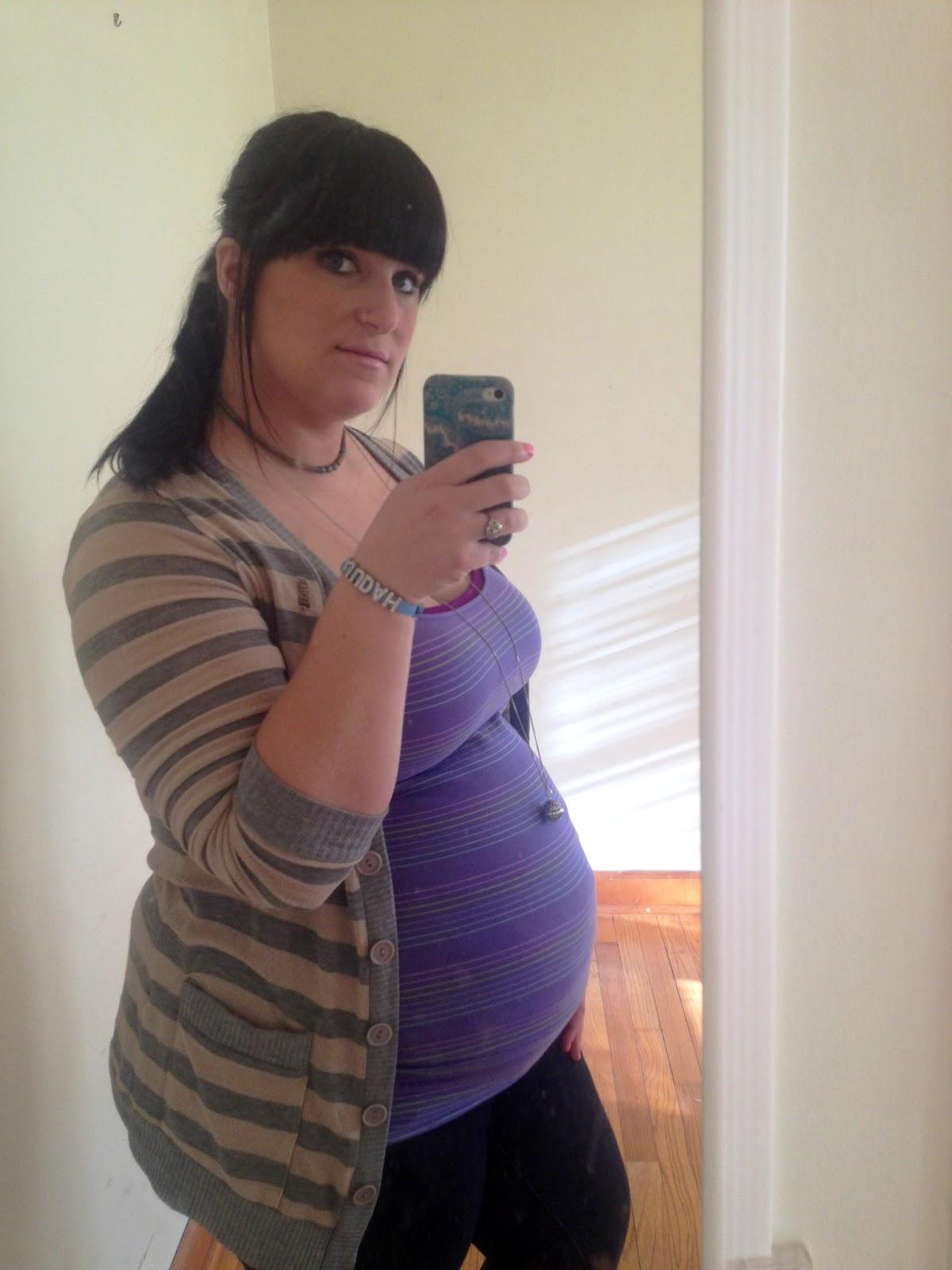 26 weeks pregnant belly plus size wwwimgkidcom the