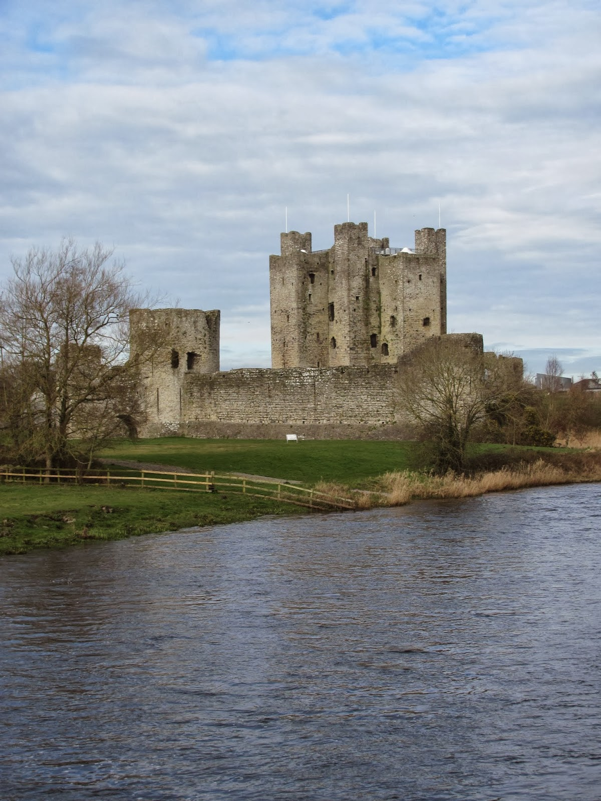 Trim Castle seen from the River Boyne, Trim, Ireland