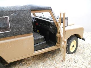 Revell metalkit Land Rover 109 diecast