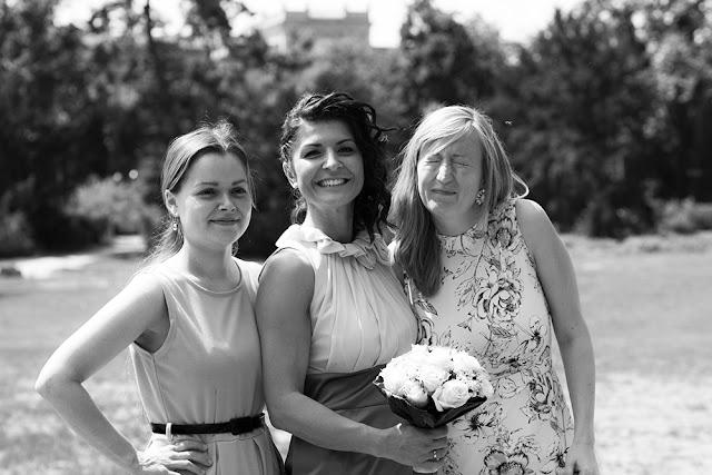 Brautjungfern beim Shooting im Hofgarten