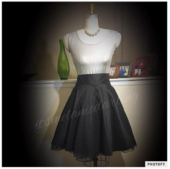 I Used A McCall Poodle Skirt Pattern McCalls 4463 From 1989 And Modified It To Add Pockets Back Zipper As The Called For Side
